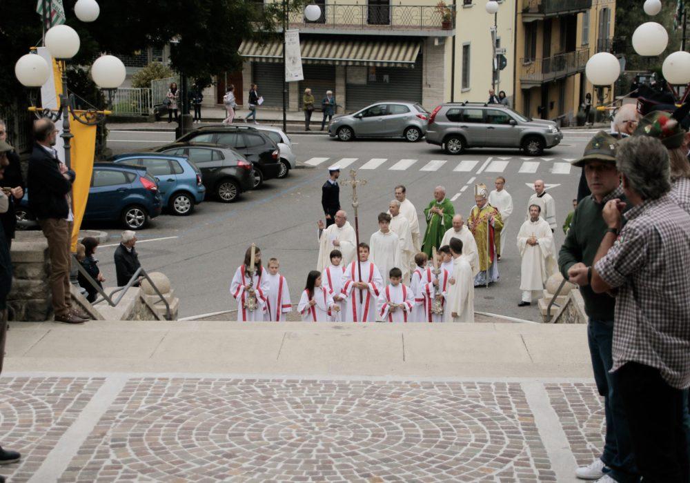 Arrivo del vescovo