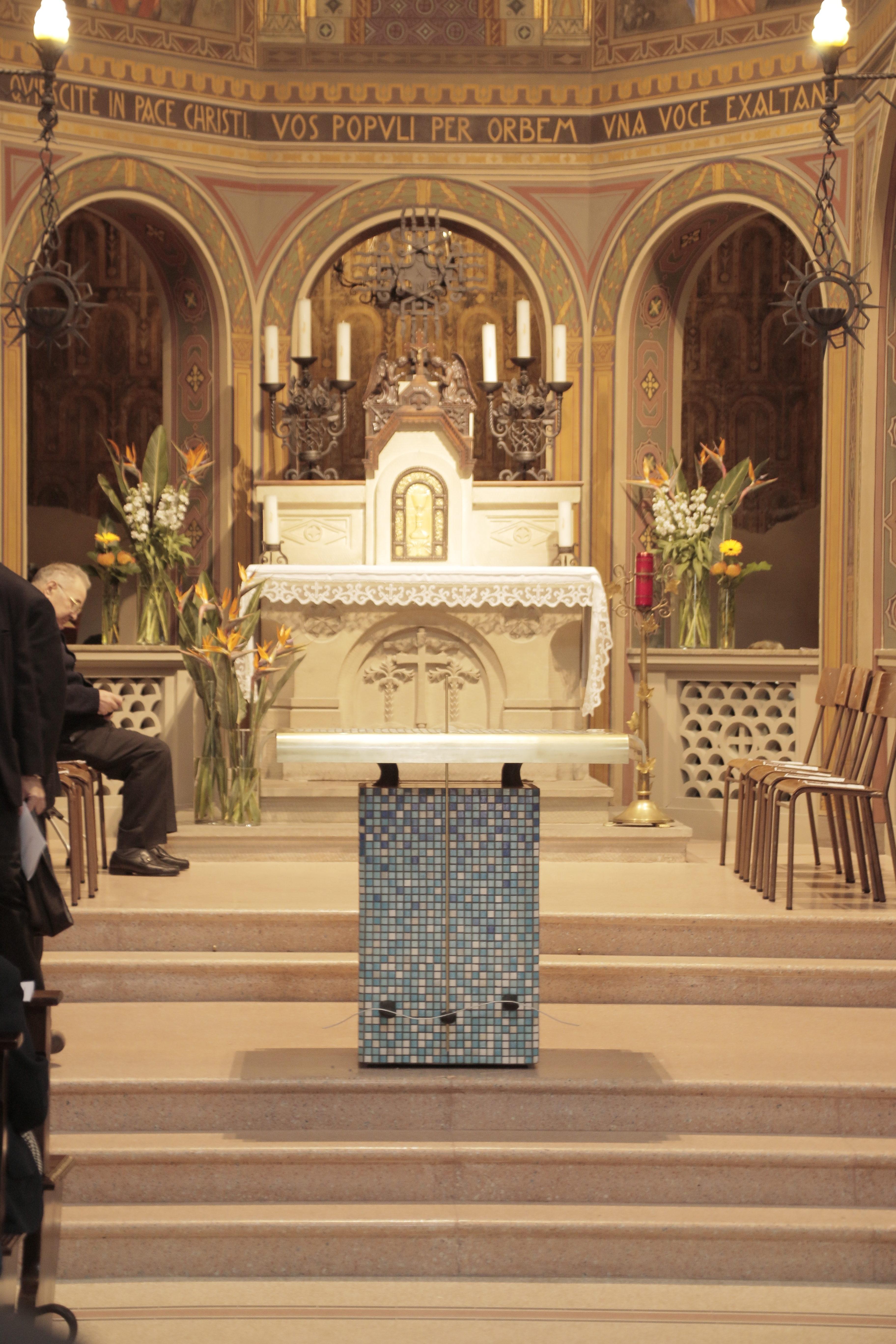 Nuovo altare